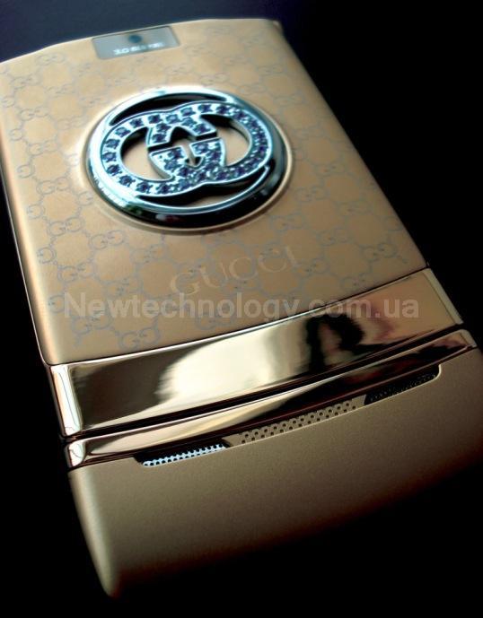 Мобильный телефон gucci v3i gold